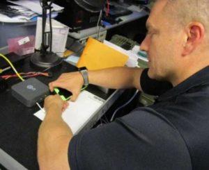 Легко ли взломать iPhone и как это делают спецслужбы